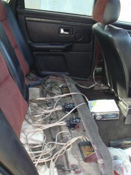 Audi 80 установка музыки 8.jpg