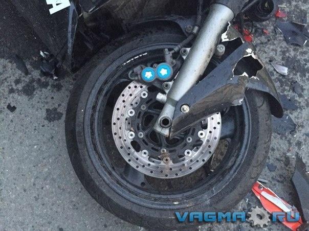 007 разбитый мотоцикл.jpg